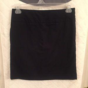 Loft Ann Taylor size 6 stretch mini skirt
